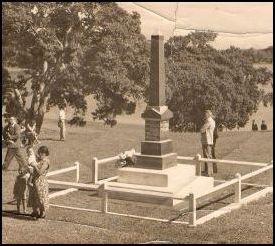 Cenotaph_1950s_medium